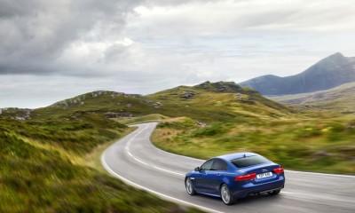 Jaguar XE: Neue Technolgien für mehr Verkehrssicherheit mit vernetzten Autos von Jaguar Land Rover