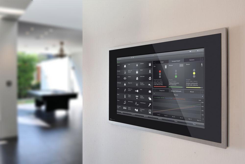 Smart-Home-Lösungen - Gira: Steuerung per Touch-Display