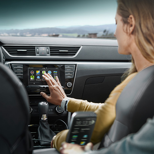 Skoda SmartLink holt das Smartphone ins Auto - Vernetzte Welt