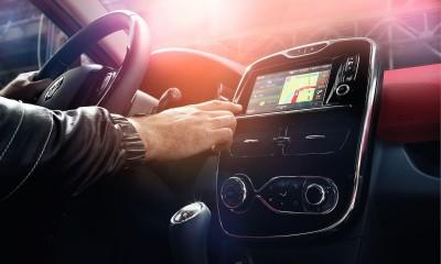 Aufmacher: Renault-R-Link