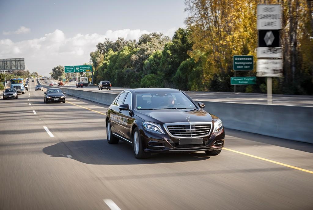 Prototyp Mercedes S500 inteligent drive