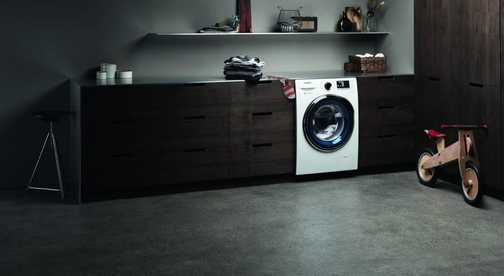 wassersensoren warnen bei wassereinbruch vernetzte welt. Black Bedroom Furniture Sets. Home Design Ideas