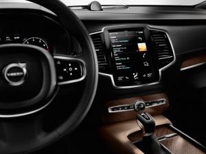Volvo_sensus-connect XC90