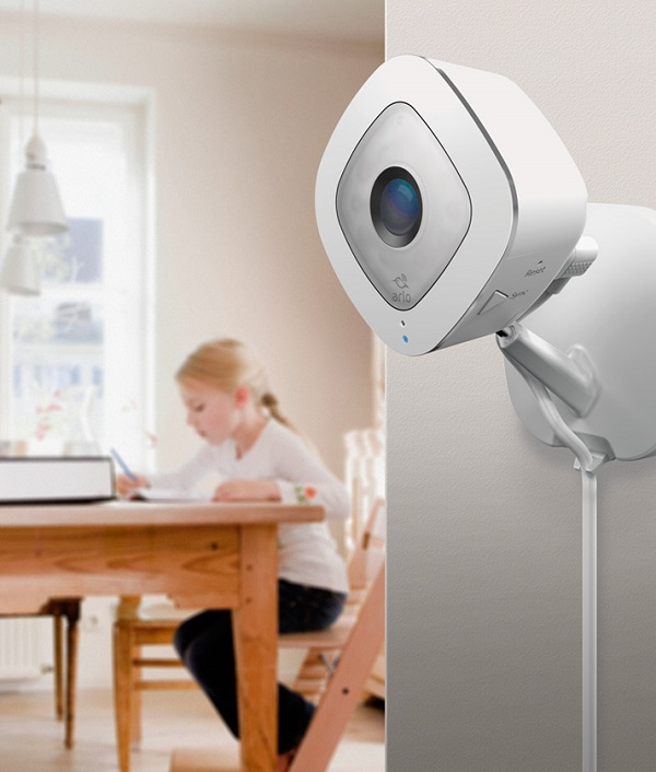 Überwachungskamera Netgear Arlo Q