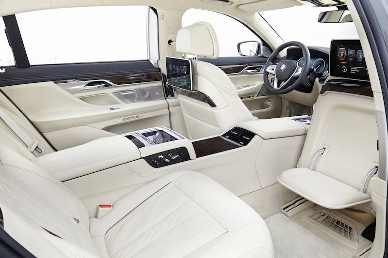 CES 2016 Preview - Connected Car BMW 7