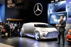 Vision Tokyo: Mercedes benz