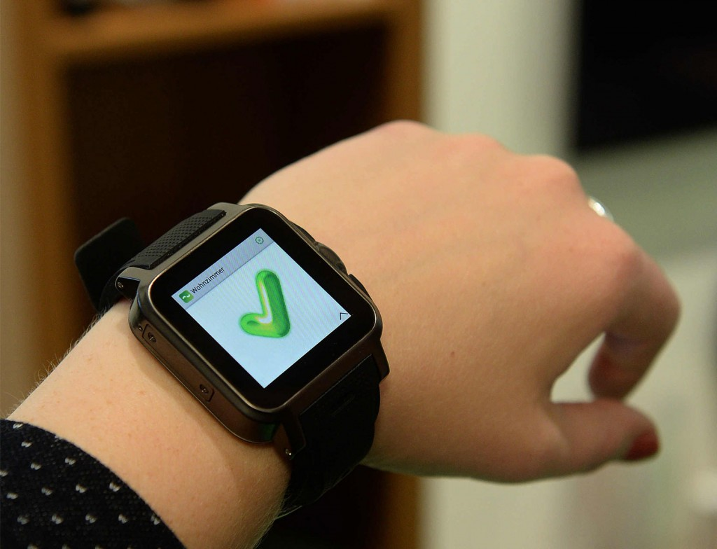 Smartwatch: digitalSTROM