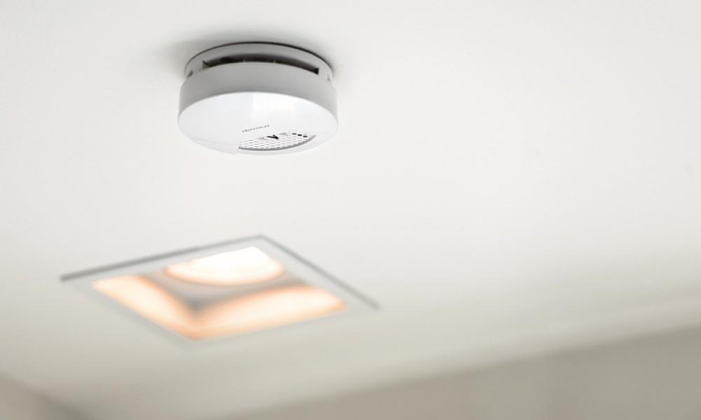 Rauchmelder Devolo Home Control Smoke Detector Wohnzimmer