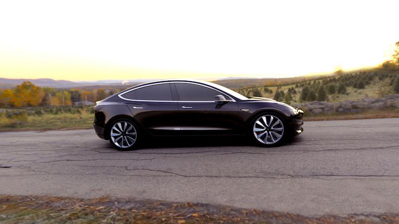 Ob das neue Tesla Model 3 exakt so aussehen wird, ist noch nicht raus. Auf alle Fälle sollen fünf Erwachsene Platz finden.