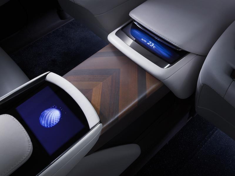 Lexus LC Brennstoffzellen: Mehr Innenraum dank digitaler Kommunikationstechnik.