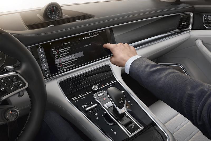Der neue Porsche Panamera ist mit berührungssensitiven Tasten bestückt.