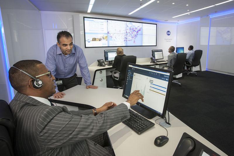 Und so sieht es in der Zentrale des Opel OnStar aus. Alle wichtigen Fagrzeugdaten werden aufgerufen, dann erfolgt der Service.