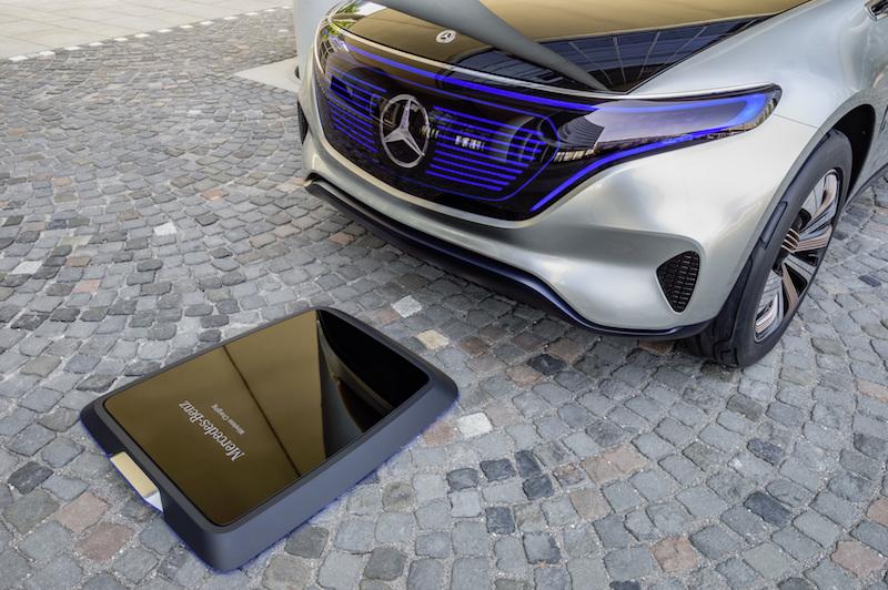 Bei Fahrzeugen der Generation EQ will Mercedes-Benz auch induktives Laden ermöglichen.