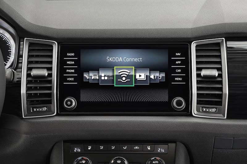 Skoda Kodiaq: Serienmäßig wird der Kodiaq mit einem 6,5 Zoll Monitor ausgeliefert. In der Ausstattungsvariante Bolero kann man sich über eine 8-Zoll-Monitor freuen.
