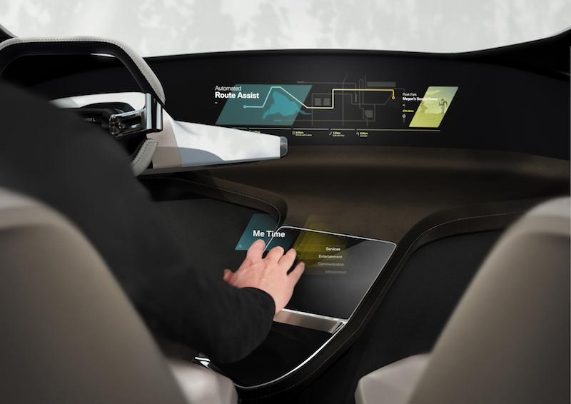 BMW CES 2017: Ein Hologramm statt Knöpfe. Mit der Fingerspitze werden Kommandos gegeben.