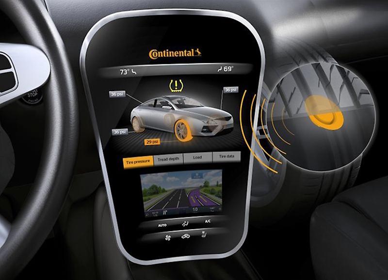 Continental Smart Car - Bisher liefern Reifen nur Informationen zum Reifendruck. Das wird sich bald ändern. Dank verbesserter Sensoren lifert der Reife bald Infos zum Strassenbelag.