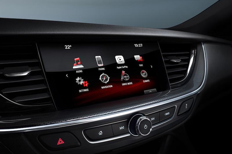 Opel Insignia - Besser kann man einen Monitor nicht in ein Cockpit integrieren.