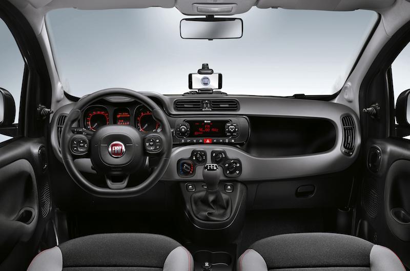 Fiat Uconnect : Beim Fiat Panda 4x4 ist Uconnect wird Aufpreis geliefert. Der Allradler bietet damit Life-Wetter-Ansagen, Musik-Streming und Internet-Radio plus Android- und IOS-Unterstützung.