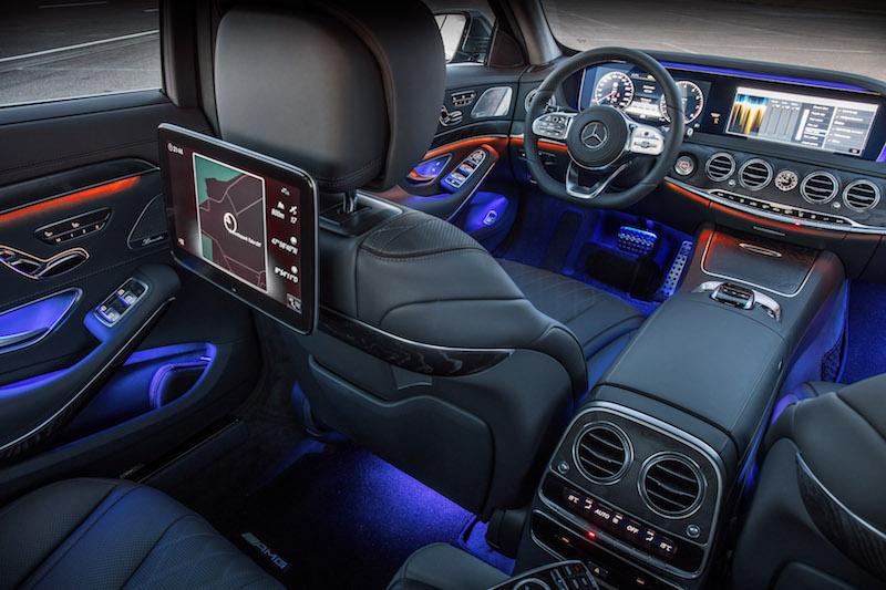 Mercedes-Benz S-Klasse: Fast wie in einem Casino in Las Vegas. Es leuchtet kunterbunt. Und alles ist mit allem vernetzt.