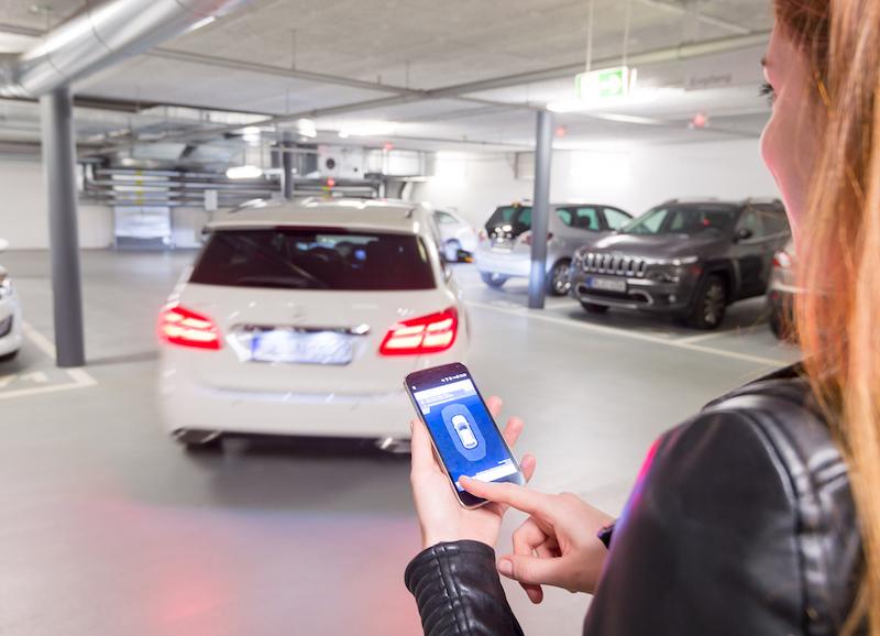 Bosch 2018 - Automatisiertes Parken soll in Zukunft mit nahezu jedem Fahrzeug möglich sein. Vorausgesetzt, das Parkhaus ist entsprechend mit Sensoren und Netztechnik ausgestattet.